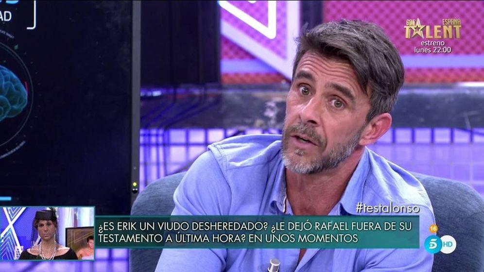 Foto: Alonso Caparros, en 'Sábado Deluxe'. (Telecinco).