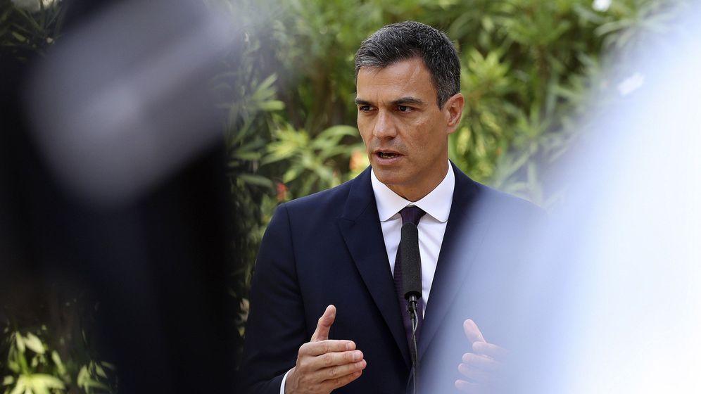 Foto: Pedro Sánchez en una comparecencia en Palma de Mallorca este agosto. (EFE)