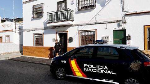 Detenido en Sevilla por maniatar a su pareja a un sofá para que no saliese