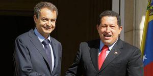 Foto: El Gobierno paga 42 millones a comisionistas por la venta de ocho patrulleras a Chávez