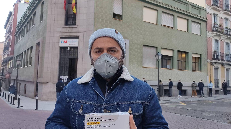 Javier Vaquero, a las puertas del centro.