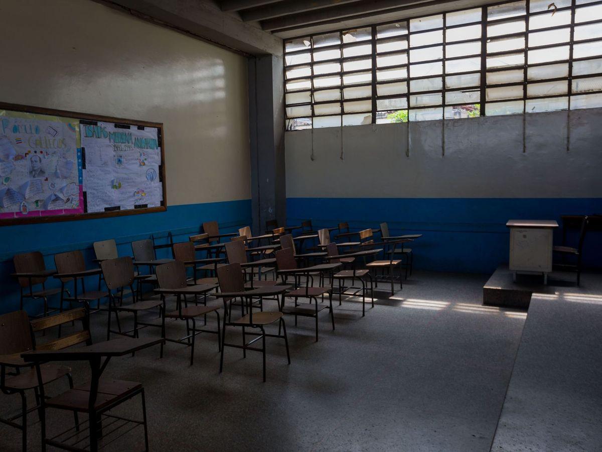 Foto: Los colegios de Venezuela llevan casi un año cerrados (EFE/Miguel Gutiérrez)