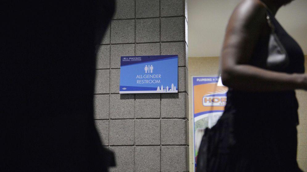 Foto: Un baño 'all gender' en Pensilvania. (REUTERS)