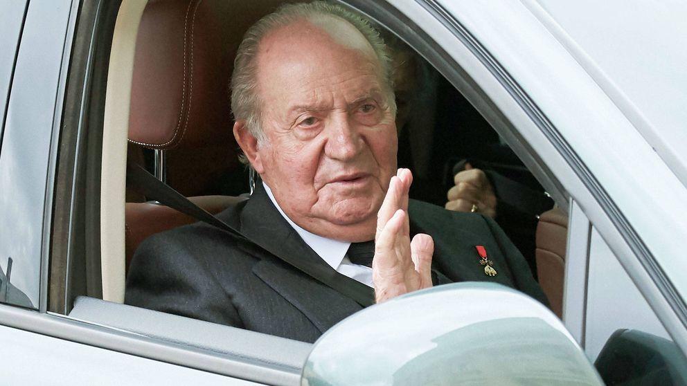El rey Juan Carlos, operado con éxito tras serle implantados tres 'bypass'