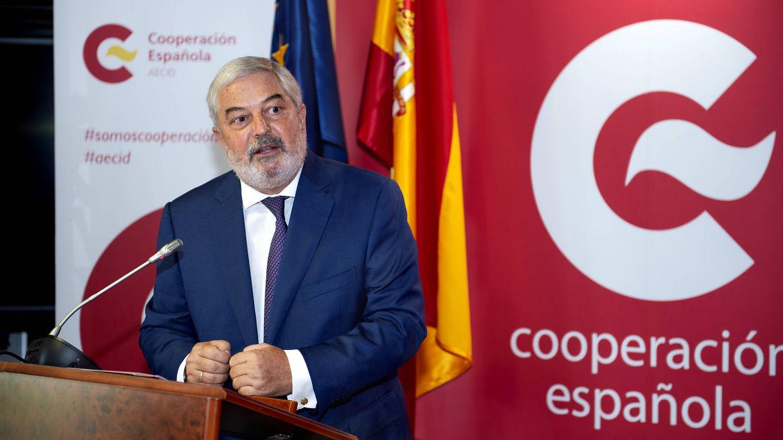 Albares sigue su remodelación de Exteriores con el cese del jefe de la Cooperación Española (Aecid)