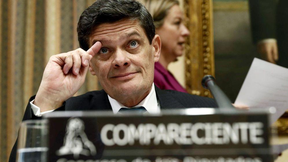 Foto: Jaime Echegoyen, presidente de la Sareb, en el Congreso de los Diputados. (EFE)