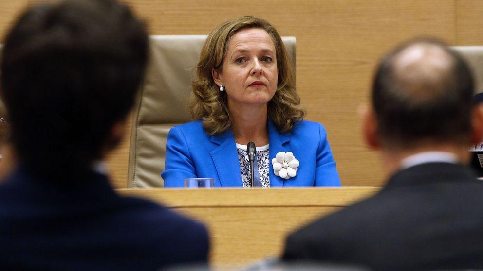 PP y Cs atacan a Pedro Sánchez por el caso de la sociedad instrumental de Calviño