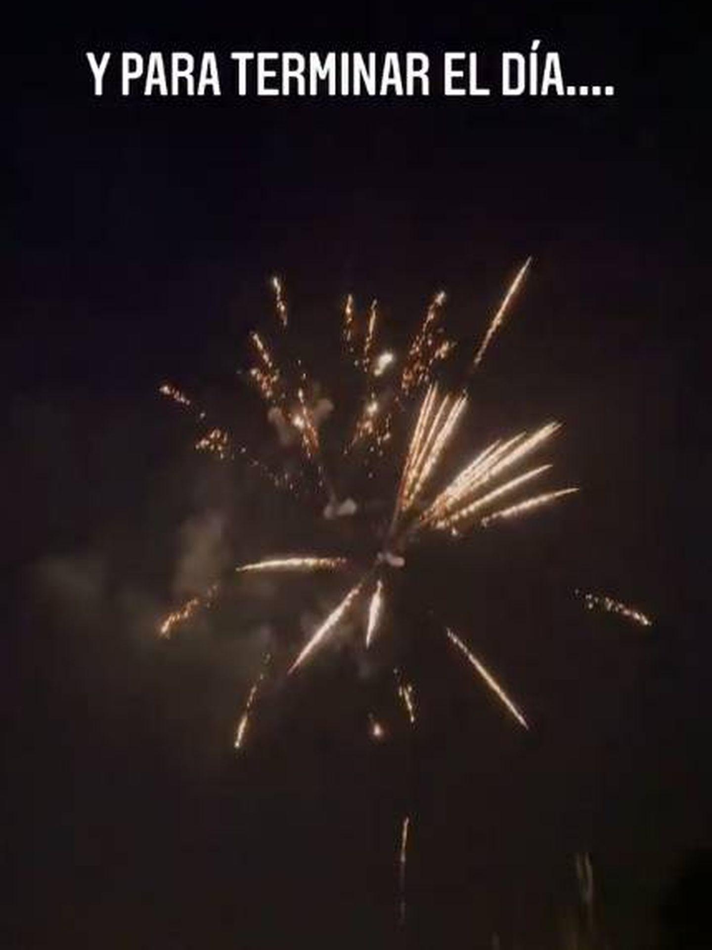 Y para terminar, fuegos artificiales. (IG @evagonzalezoficial)
