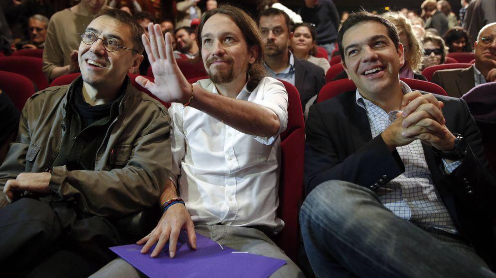 Foto: Juan Carlos Monedero, Pablo Iglesias y Alexis Tsipras en 2014. (Reuters)