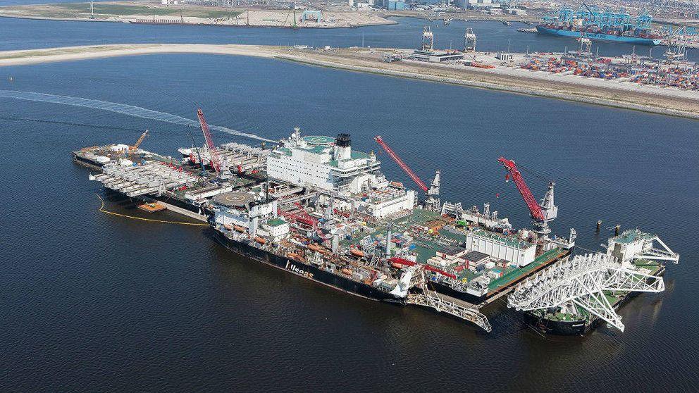 El mayor buque del mundo llega en 'secreto' a un puerto 'fantasma' español (para quedarse)