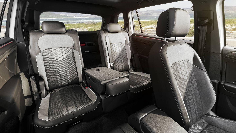 La gran diferencia de este SUV XXL respecto al Tiguan corriente son sus siete plazas.