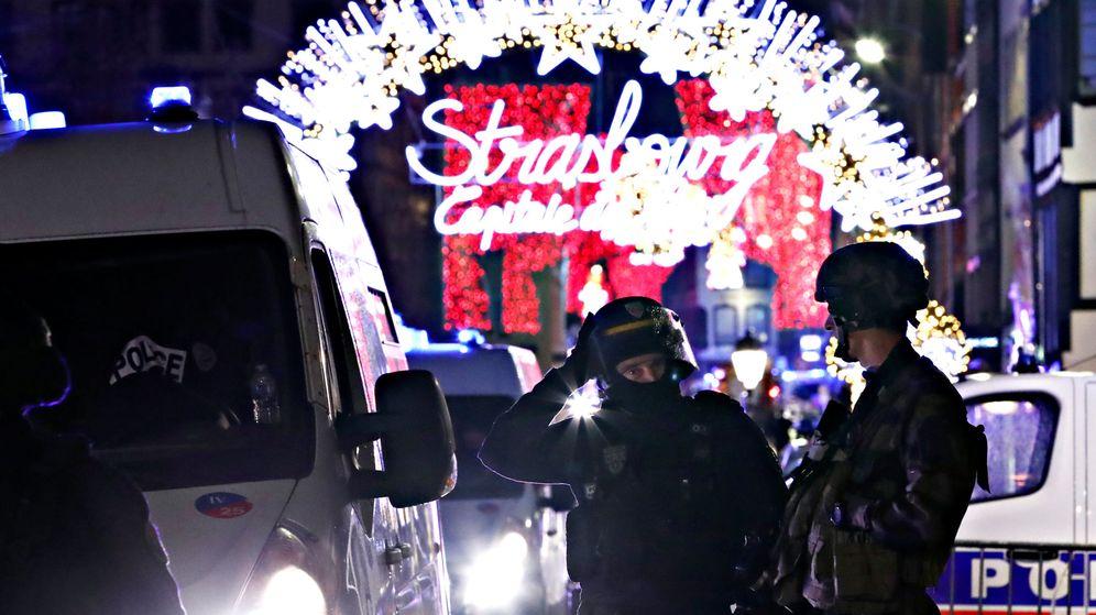 Foto: Las fuerzas de seguridad cercan el área del tiroteo. (Reuters)