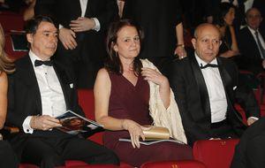 El ministro Wert acude a los Goya del brazo de Montserrat Gomendio