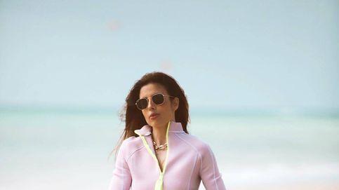Las vacaciones surferas de la mujer de Santiago Abascal antes de las elecciones