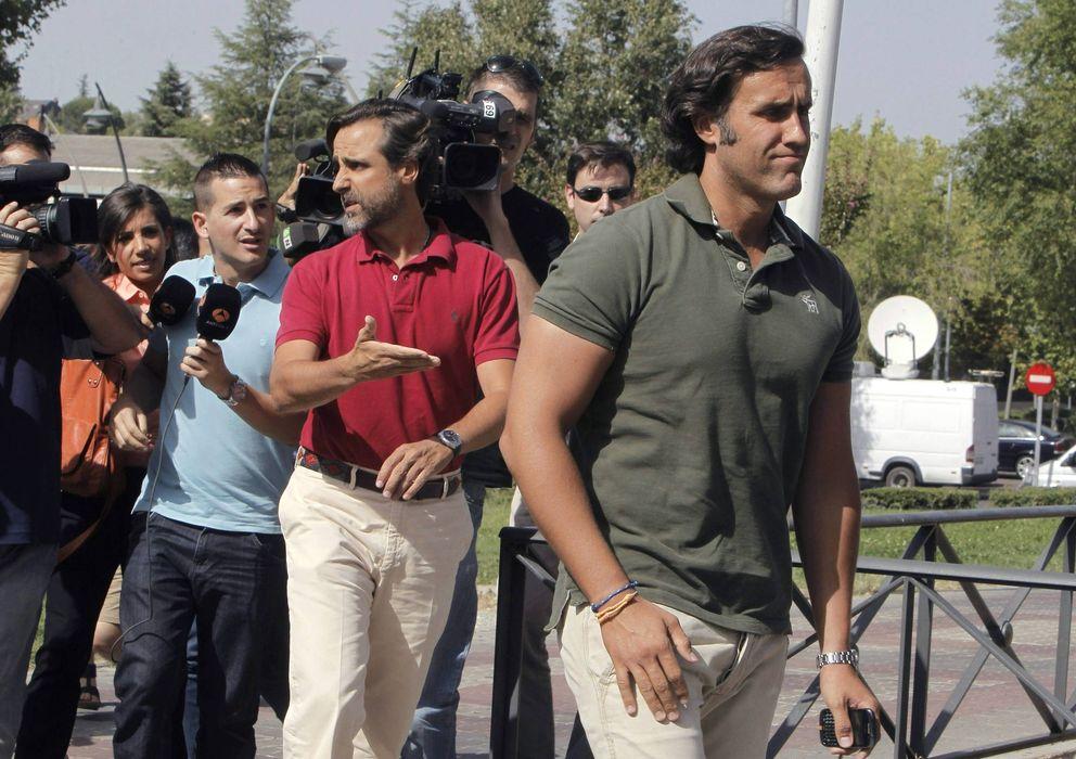 Foto: Álvaro (dcha) y Javier Ruiz-Mateos, hijos del empresario José María Ruiz-Mateos. (EFE)