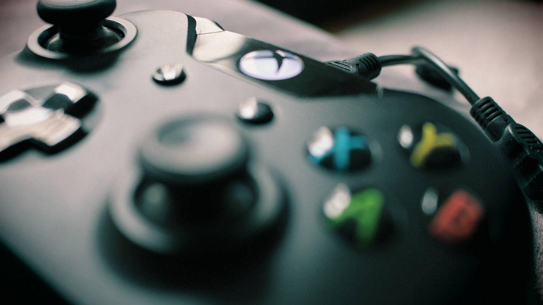 Mando de la Xbox, con el botón ídem en la parte central. (Imagen: Pixabay)
