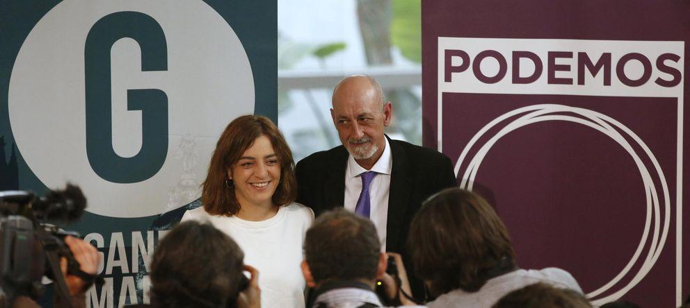 Foto: Celia Mayer, coportavoz de Ganemos Madrid, junto al secretario general de Podemos en la capital, Jesús Montero. (Reuters)