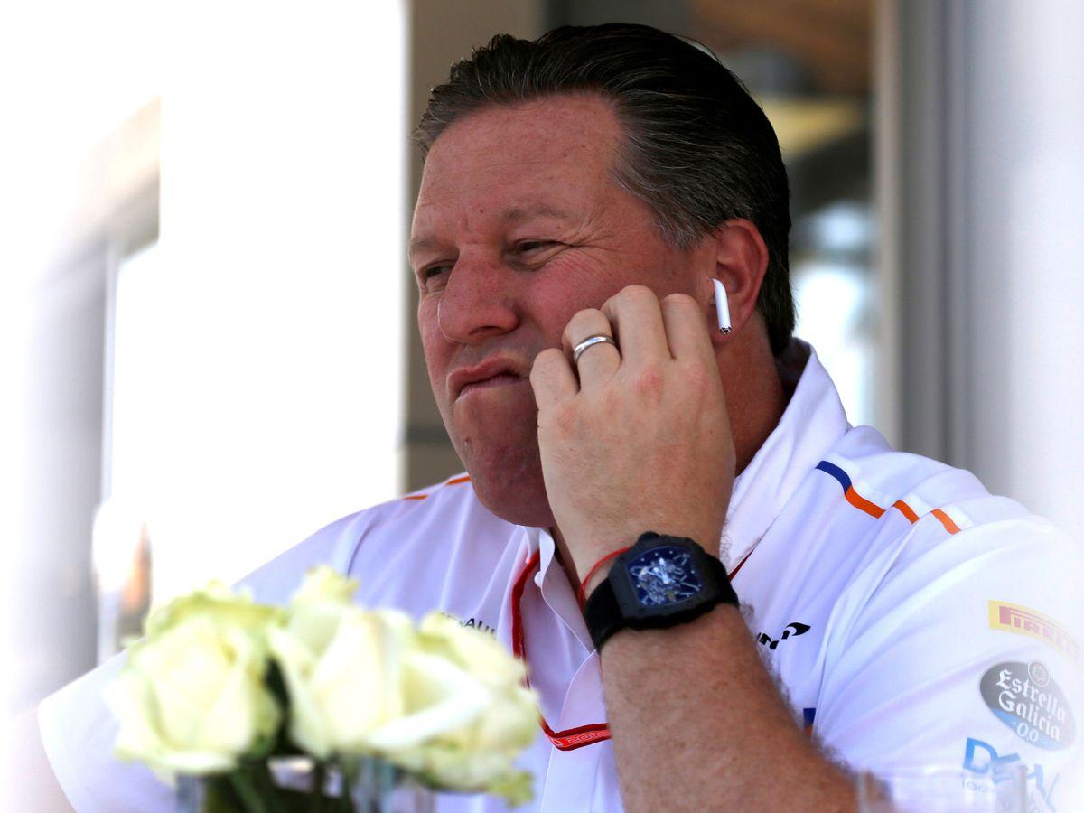 Foto: Zak Brown se ha erigido en el líder de los equipos dispuestos a sacar una más ambiciosa tijera para competir en Fórmula 1 (REUTERS)