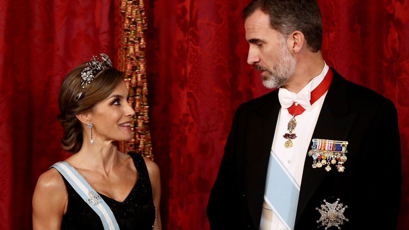 Foto: Los Reyes en el Palacio Real de Madrid. (Getty)
