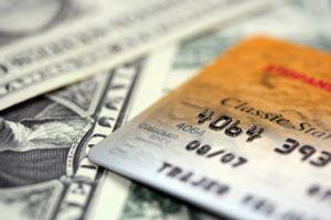 El Supremo considera abusivas varias cláusulas de tarjetas e hipotecas