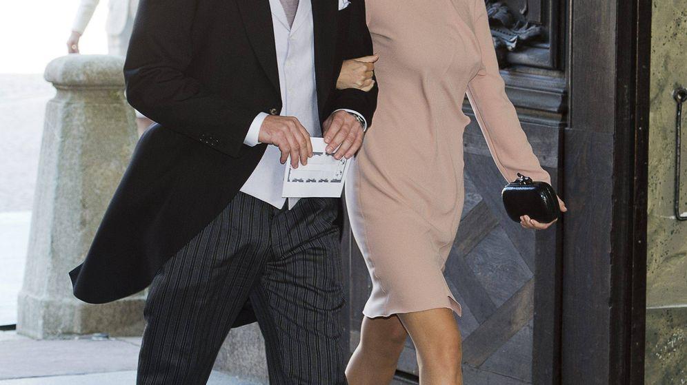 Foto: La princesa Sofía y Chris O´Neill, durante el bautizo de la princesa Estelle. (Cordon Press)