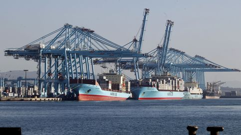 El puerto de Algeciras trabaja al ralentí con la mitad de estibadores