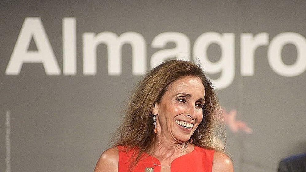 Foto: Ana Belén, recogiendo el Premio Corral de Comedias en Almagro. (EFE)