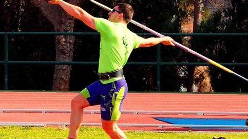 El sueño de Héctor: el educador de niños que busca con una jabalina una medalla en Río