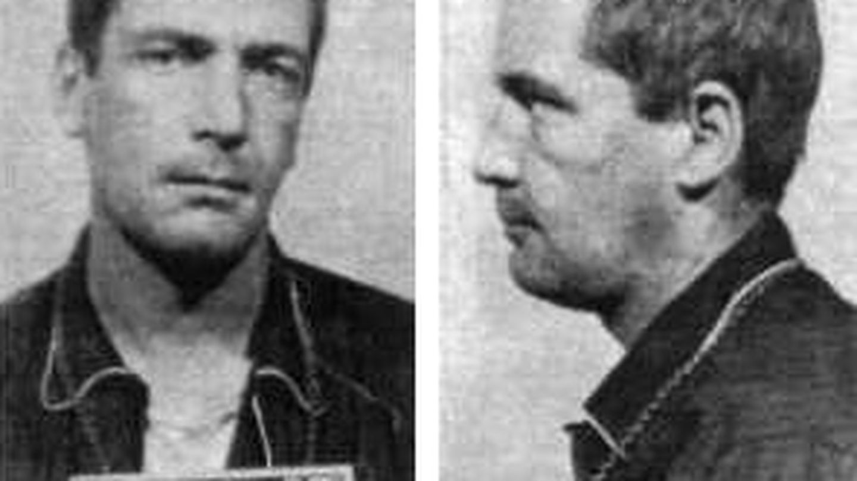 Gary Gilmore asesinó a dos personas (Wikipedia)