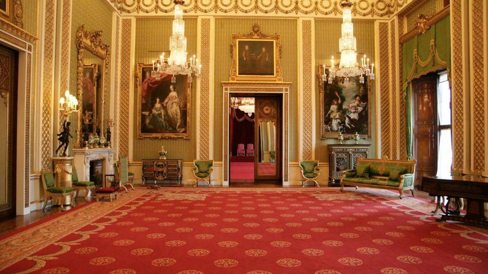 Foto: Uno de los salones enmoquetados del Palacio de Buckingham.
