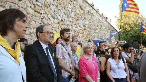 Torra se suma a la concentración de ANC y Òmnium contra el Rey en Tarragona