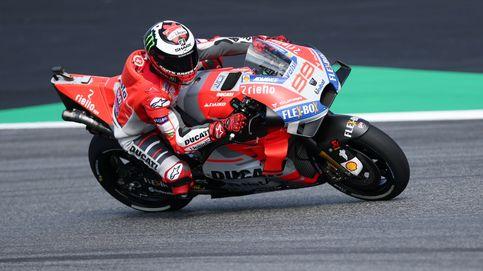 Un Lorenzo desatado se lleva una batalla épica con Márquez en Austria