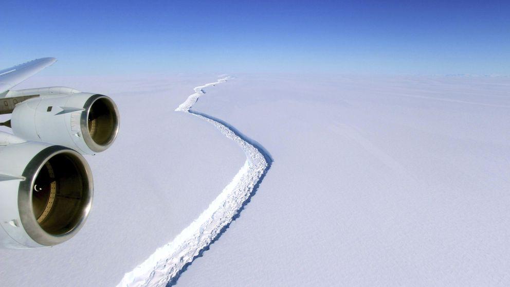 Un gigantesco iceberg del tamaño de Cantabria se desprende de la Antártida