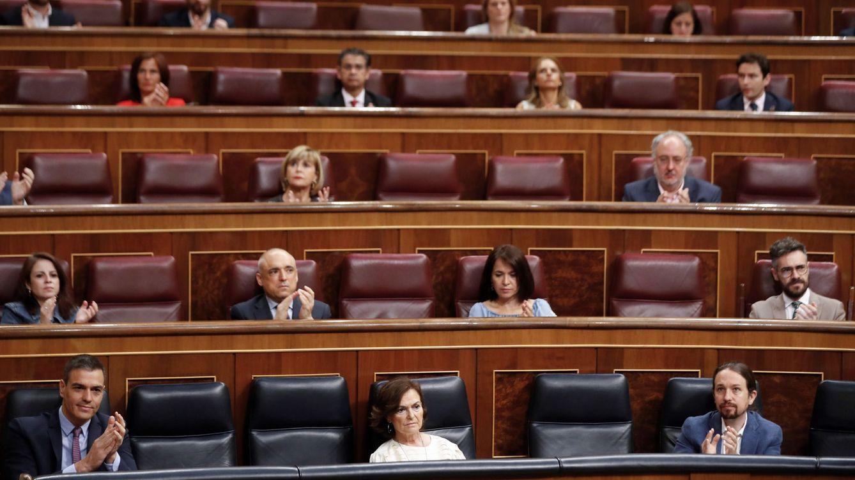 El Gobierno retoma su agenda social y simbólica ante la crisis económica del covid