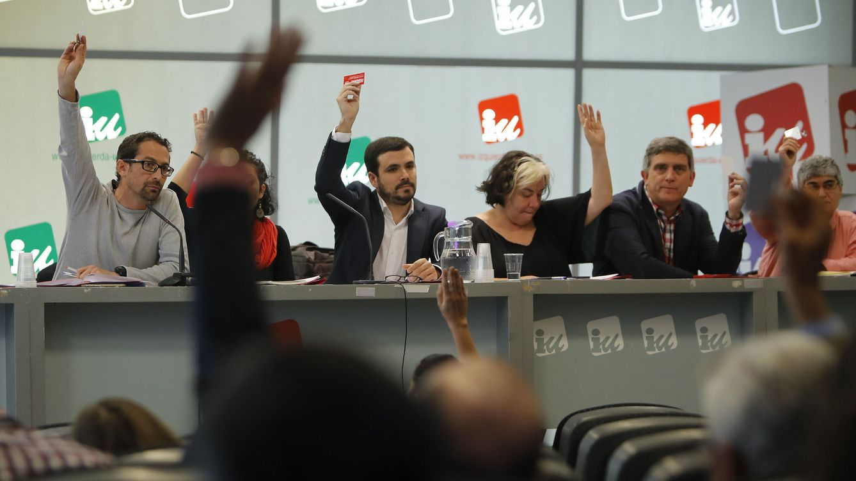 La deuda sigue asfixiando a IU tras un año de pacto con Podemos, pese al ERE y recortes