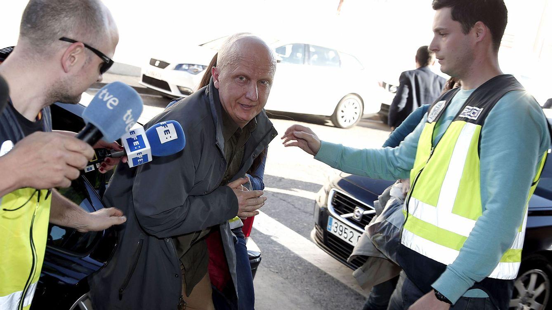 El 'hombre de los 2.000 tumores' acuerda con Fiscalía una pena de 2 años de cárcel por estafa
