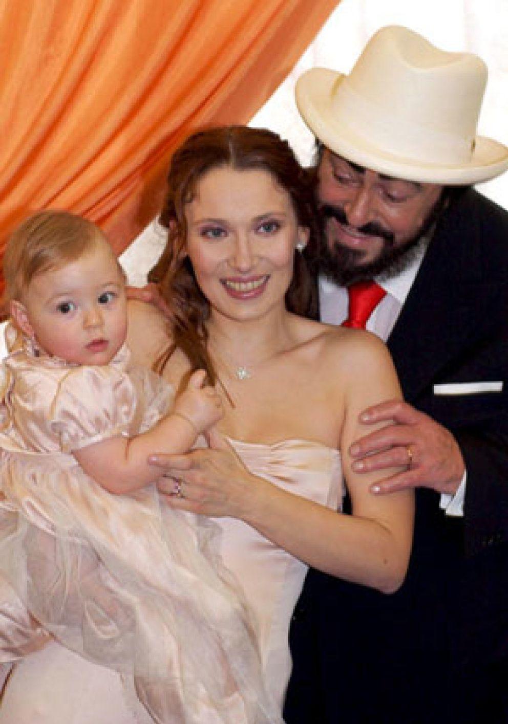 Nicoletta mantovani registra el nombre pavarotti como marca for Luciano pavarotti nicoletta mantovani