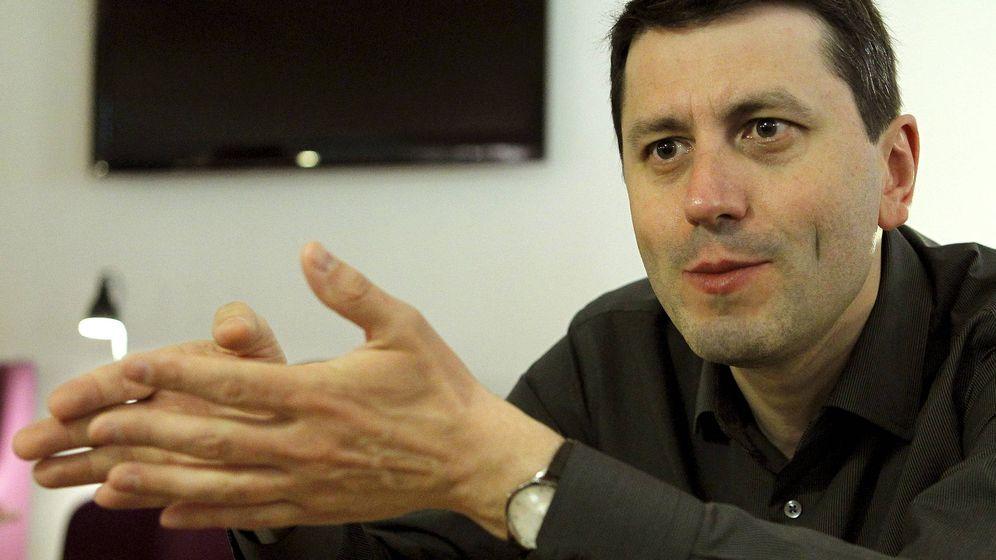 Foto: Frédéric Martel, durante una entrevista. (Chema Moya/ EFE)