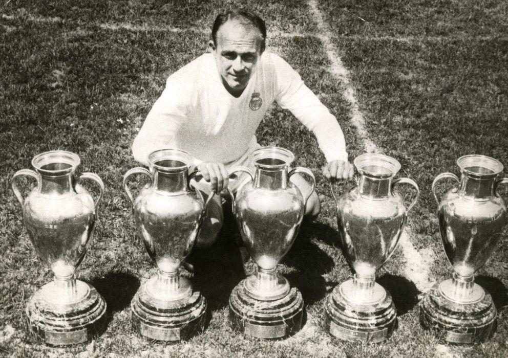 Foto: Di Stéfano, ganador de cinco Copas de Europa, uno de los puntos en los que el documental basa sus ayudas al Real Madrid.