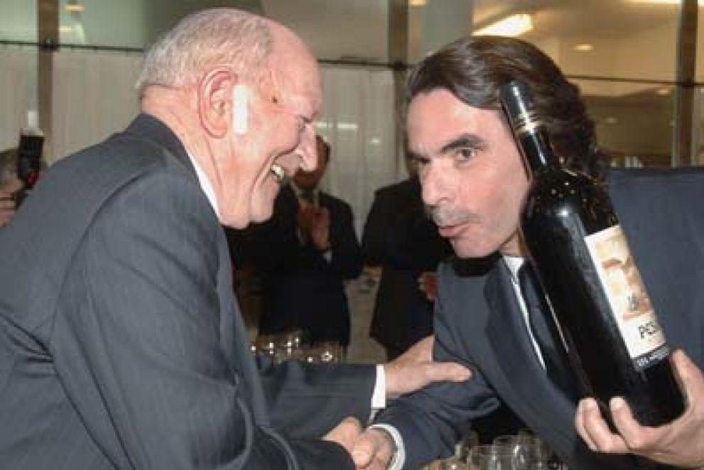 """Foto: Aznar a la DGT: """"Déjeme que beba tranquilo, mientras no ponga en riesgo a nadie"""""""