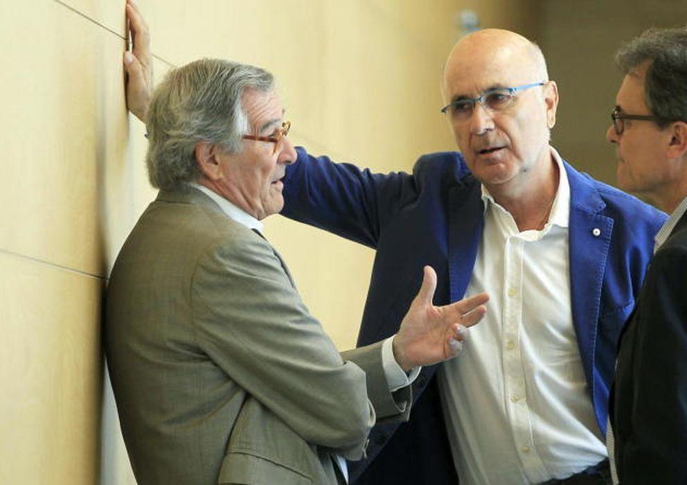 Foto: El alcalde de Barcelona, Xavier Trias, junto a Duran i Lleida y Artur Mas (Efe)