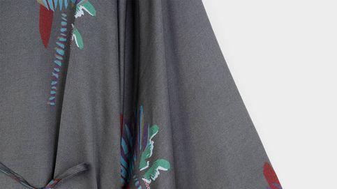 Este kimono de Parfois queda genial con zapatillas deportivas y con sandalias
