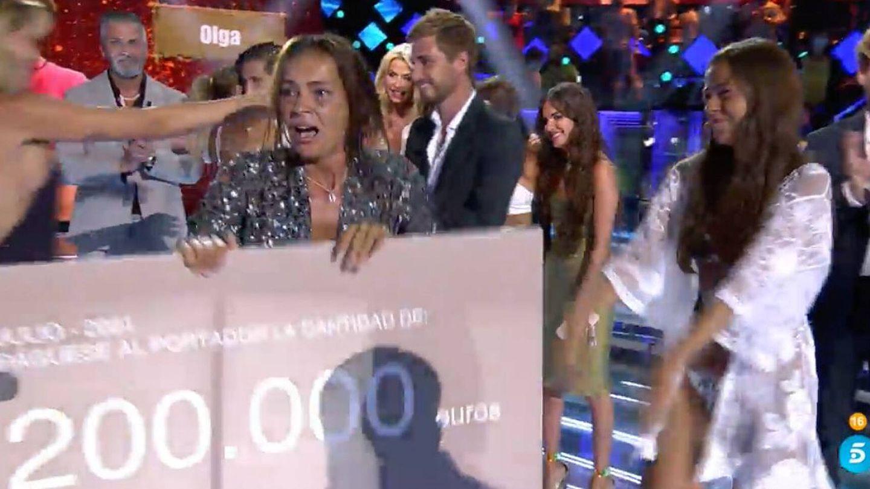 Olga Moreno en el momento de ganar 'Supervivientes'. (Mediaset)