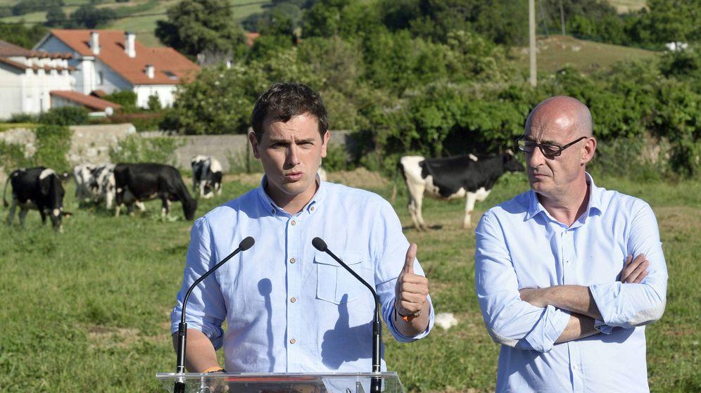 Foto: Albert Rivera en Cantabria durante la campaña de 2015 (EFE)
