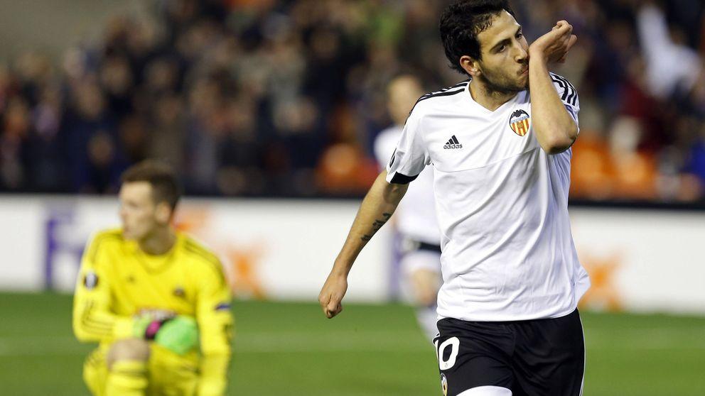 Por fin se firma la tregua en el Valencia y Parejo vuelve a entrenarse con el grupo