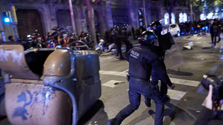 El miedo y la Policía impiden al secesionismo tomar la jornada de reflexión