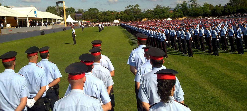 Foto: Mossos d'Esquadra en un acto de graduación. (Efe)