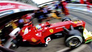 Fernando Alonso lidera la última sesión y deja un buen sabor de boca para la calificación