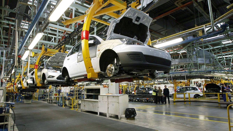 Foto: Imagen de una fábrica de automóviles. (EFE)