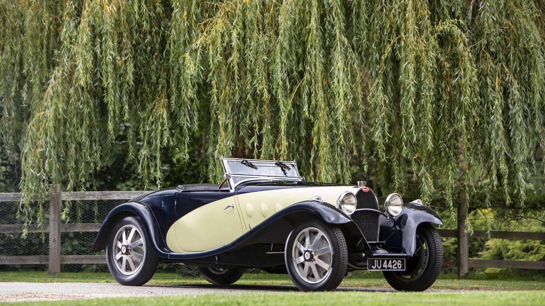 Retromobile París: lujo, exclusividad y un Bugatti 'dorado' de más de 4,6 millones